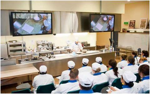 Du học Úc ngành Ẩm thực - Nhà hàng - Khách sạn